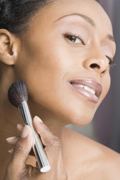 Cours d'auto-maquillage personnalisé et approfondi